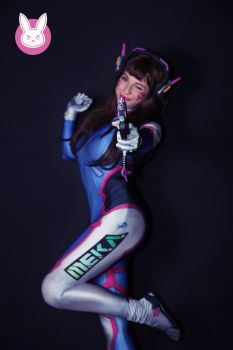 D.va - Overwatch Cosplay by GiuliaZelda