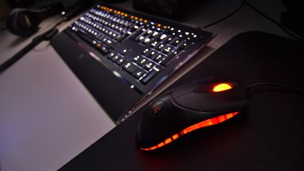 Keyboard and mouse nightshot by Astros