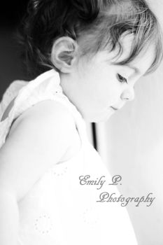 Little girl by Mme-Roux