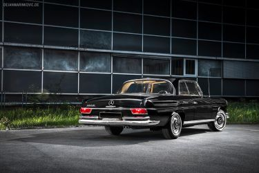 Mercedes-Benz 280 SE by AmericanMuscle