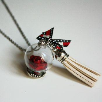 Necklace : Glass globe pendant with red rose by Zengia