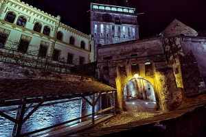 hdr entrance to the citadel by blackasmodeus