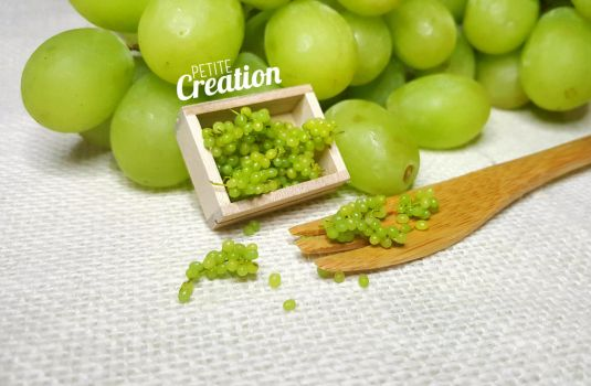 Miniature Grapes by PetiteCreation