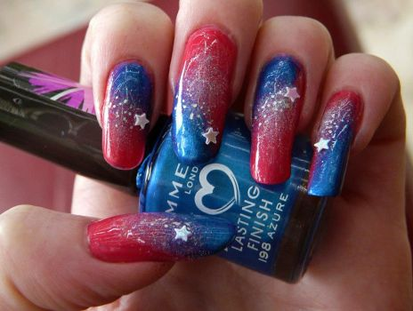 Shooting Star Nails Closeup by soyoubeauty