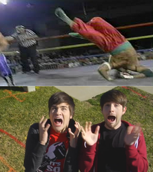 Smosh freaks Out at Moment by EarWaxKid