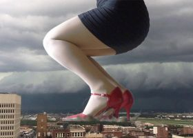 Giantess in red heels by xyu96