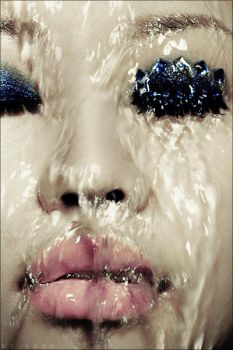 water. make-up. by D4D1