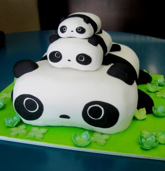 Tare Panda Cake by KralleCakes
