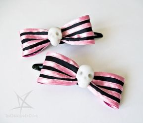 Pink striped skull hair clips by MissAnnThropia