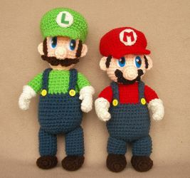 Mario and Luigi Plushies by W0IfDreamer