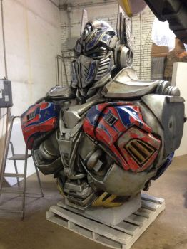 Transformer project - Optimus Prime's upper torso. by TheJugglingOctopus