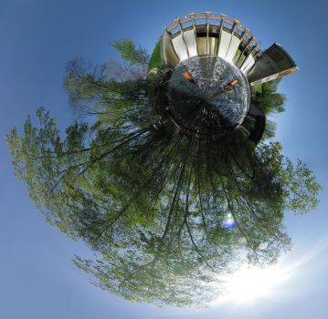 Mini Planet - Barton Dam by electricjonny