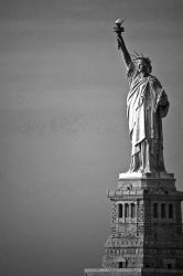Statue of Liberty by AlanSmithers