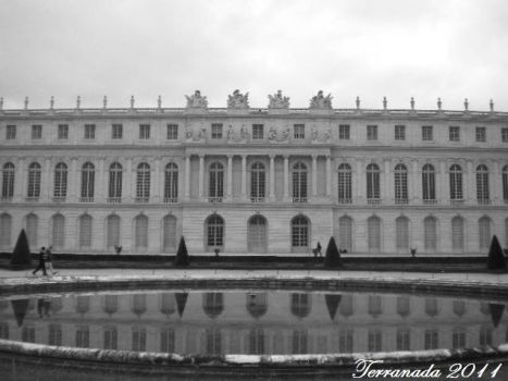 Palace of Versailles by terrahachi