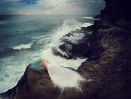 Death Of A Mermaid by Sturmideenkind