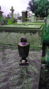 vaporwave purple green hue vase by bldlover666