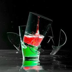 RED and GREEN by FotoNerdz