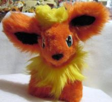 Flareon Plush SOLD by Keikoku147
