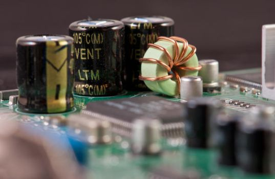 Bytes and Transistors by Tenbult