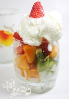 Fruits frozen yogurt by Ancasyah