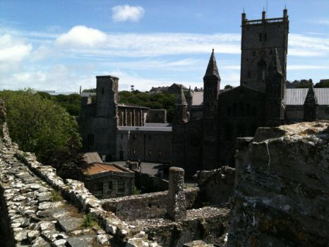 St David's Cathedral by saving-an-apocalypse