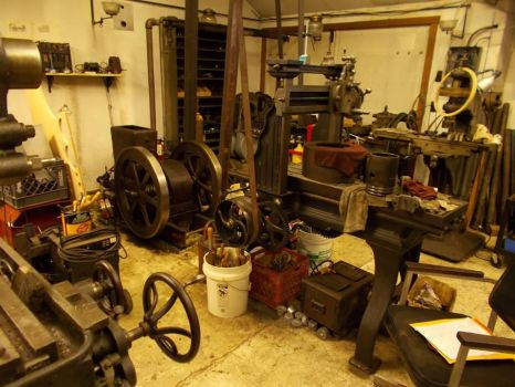 Engine and Lineshaft driven Shop by PaxAeternum