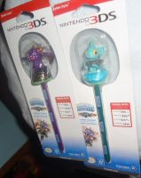 [Skylanders] Spyro and Gill Grunt DS Bobble Stylus by RadSpyro