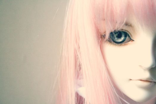 With bright eyes by Hoshiful