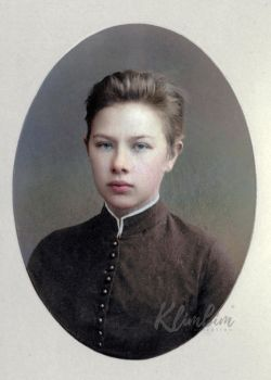 Nadezhda Krupskaya (graduated from gymnasium) by klimbims