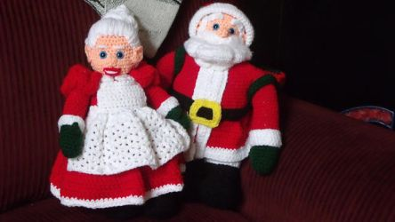 Mr. and Mrs. Claus by Asmador