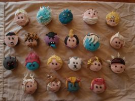 Moar Lol Cupcakes by Elliesmeria