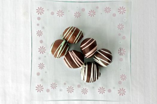Assorted Chocolate Truffles by Deathbypuddle