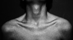 Collarbones by chokingg