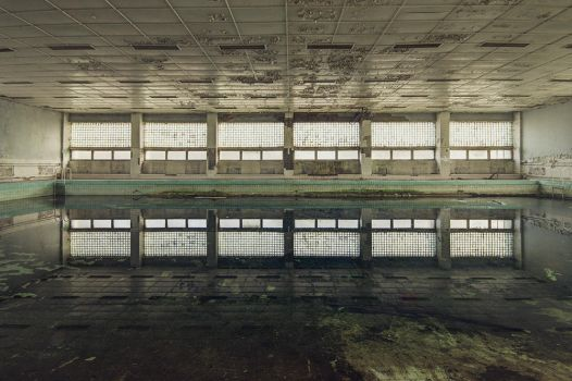 Cold Water Immersion by AbandonedZone