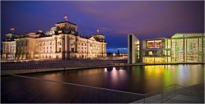 Berlin's government by Dr007