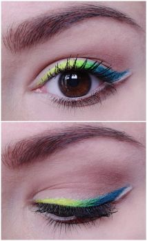 Colourful eyeliner by LoraLook