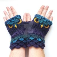 Night Owl Gloves by FearlessFibreArts