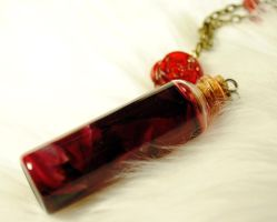 Blood and rose vial rosary by OphanimGothique
