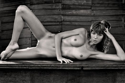 Nude by abclic