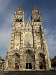 Gothic Church (Tours) by 19Enigma80