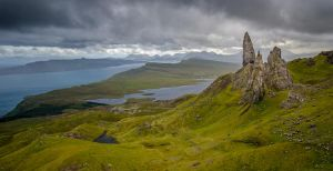 Old Man of Storr by roarbinson