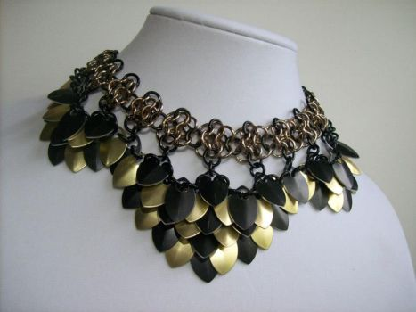 Classy Scalemail Necklace by BardicKitty