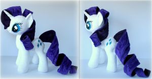 My Little Pony  -  Rarity by Lavim