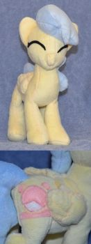 Dolly Parton pony by thirty7of9