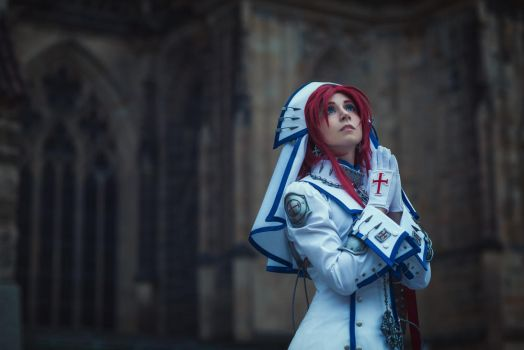 TRINITY BLOOD: Faith by MiraMarta