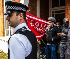 Eviction Resistance - Finchley, 10/04/14. by LouHartphotography