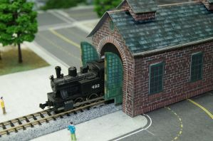 N Scale Little Red Engine House by CatLoafTrain