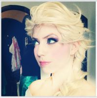 Elsa / Makeup and wig test by JuTsukinoOfficial