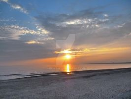 The sundown at the Gulf of Finland by mulatre