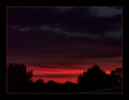 Red Sky at Night by syrenemyst